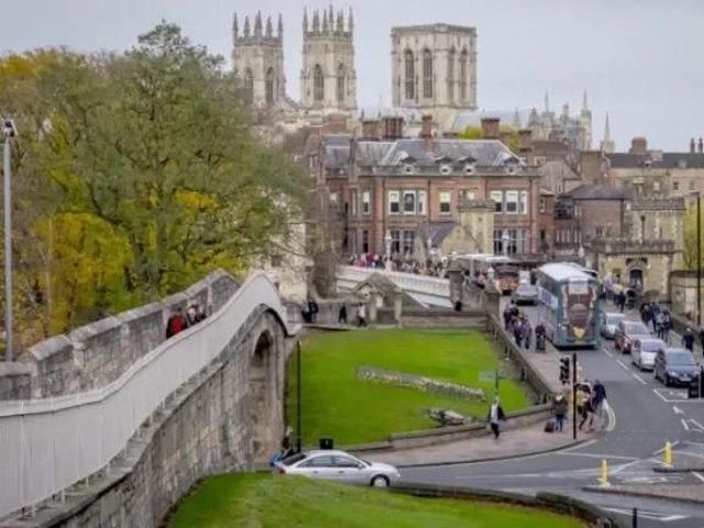 Electricity restored to York after major power cut closes offices and disrupts trains