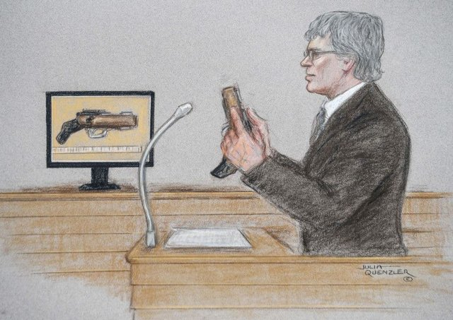 Andre Horne, a firearms expert, shows the gun allagedly used by Thomas Mair, in a court artist's sketch during the Jo Cox murder trial at the Old Bailey. Picture: SWNS