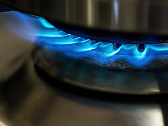 The National Grid is warning that the UK is running low on gas.