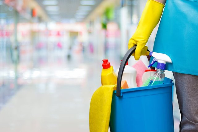 Can cleaners work during lockdown? (Photo: Shutterstock)