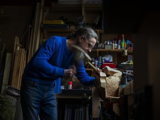 Jamie Frost hard at work in his studio in the Pennine village of Holmbridge. (JPIMedia)