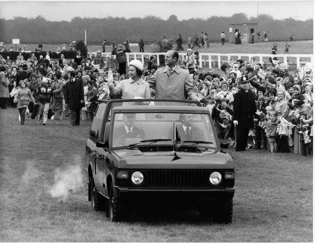 The Queen at Doncaster Racecourse in 1977.