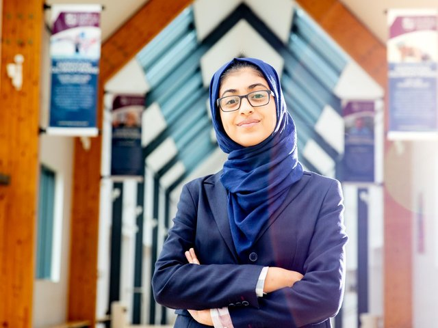 Saffah Farooq is now aiming for a career in medicine or dentistry after winning a sixth form scholarship to attend Bradford Grammar School