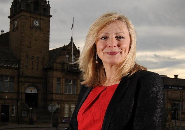 TRacy Brabin wants to be Labour's candidate for next May's mayoral election in West Yorkshire.