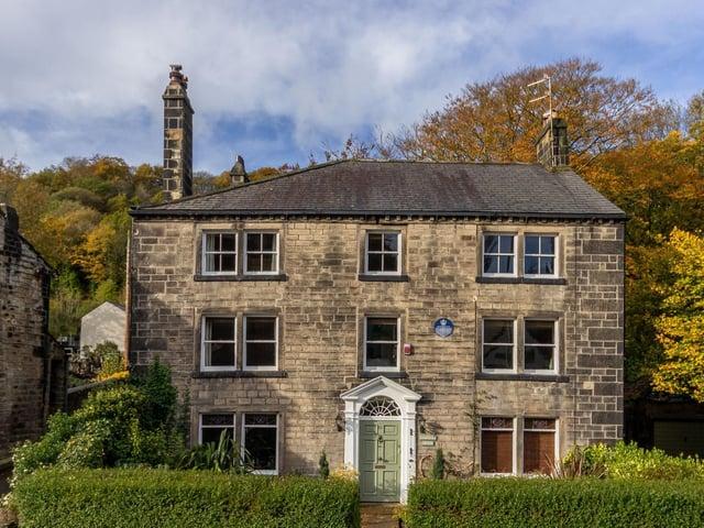Dawson Weir House