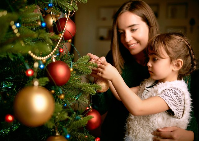 Will families heed public health messages this Christmas?