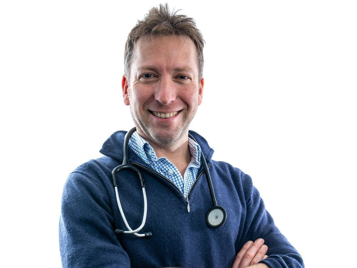 The Yorkshire Vet, Julian Norton finds out more about livestock guarding dogs thanks to a patient called Arthur