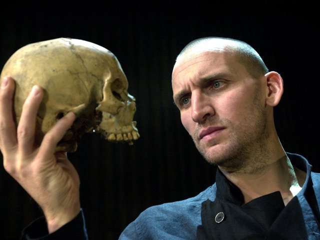 Christopher Eccleston seen here playing Hamlet at West Yorkshire Playhouse in 2002. (Jonathan Gawthorpe).