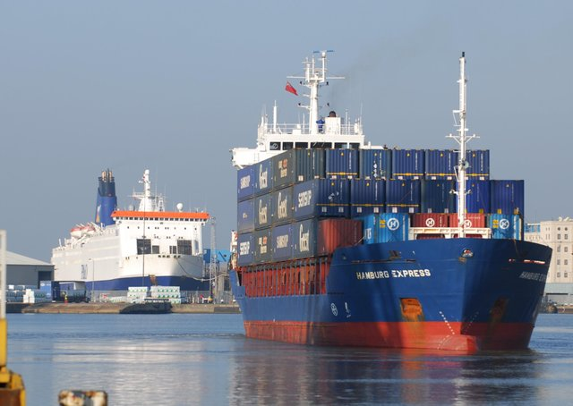 The Humber ports are seeking Freeport status to boost trade and job opportunities.