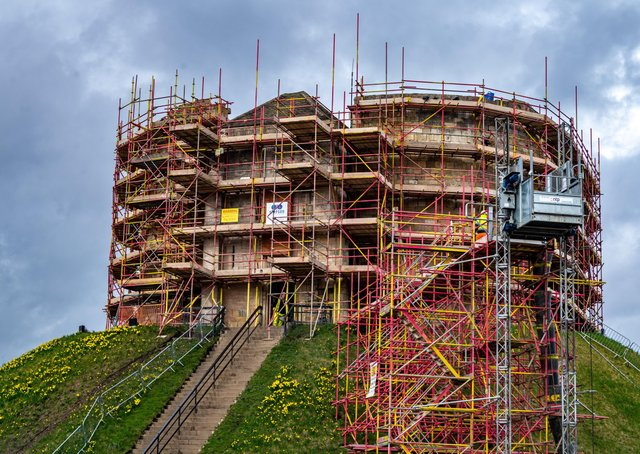 Building work now underway at Clifford's Tower.