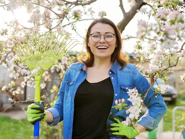 With spring on the way, thoughts are turning towards gardening jobs.
