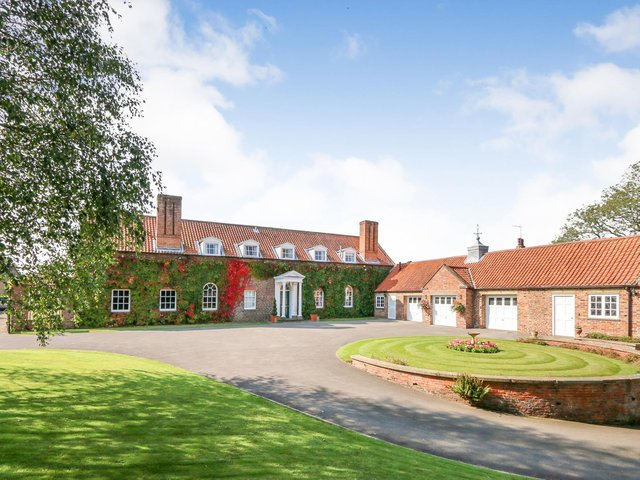 Joby is a barn and stables conversion designed by the renowned heritage architect Francis Johnson