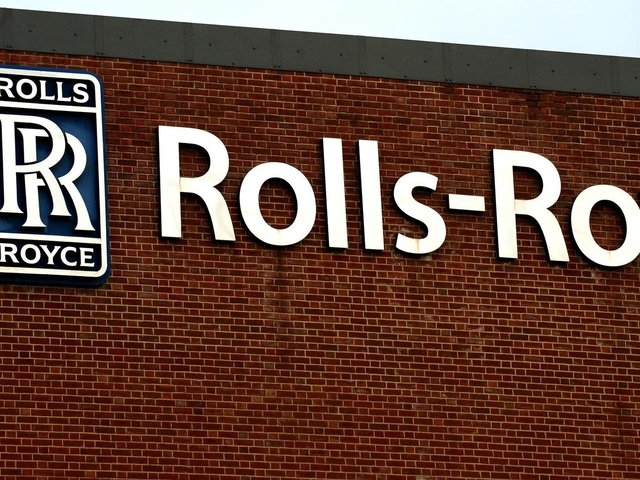 On a statutory basis, Rolls reported pre-tax losses of £2.9 billion against losses of £891 million in 2019.