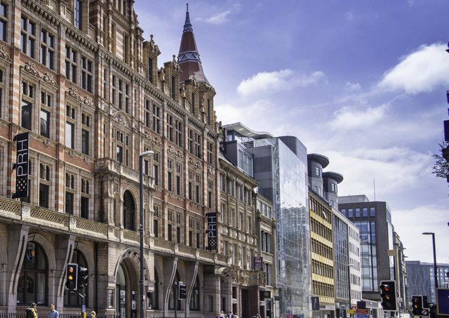 Savills advised on the acquisition of several offices in Leeds including 15/16 Park Row, next to Park Row House.