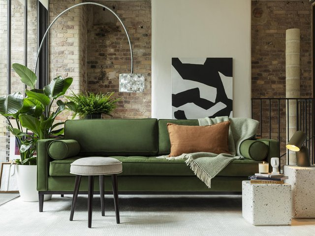 The Swyft sofa that is delivered in boxes making it perfect for houses and apartments with small doorways or tight stairs. It can be put together in five minutes.