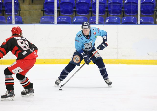 BRIGHT FUTURE: Alex Graham is being tipped to go far by Sheffield Steeldogs and Sheffield Steelers' team-mate, Jason hewitt. Picture courtesy of Andy Bourke/Podium Prints.