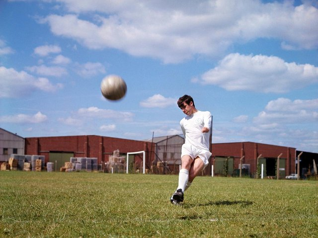LEGEND: The power of Peter Lorimer's shooting was the stuff of folklore