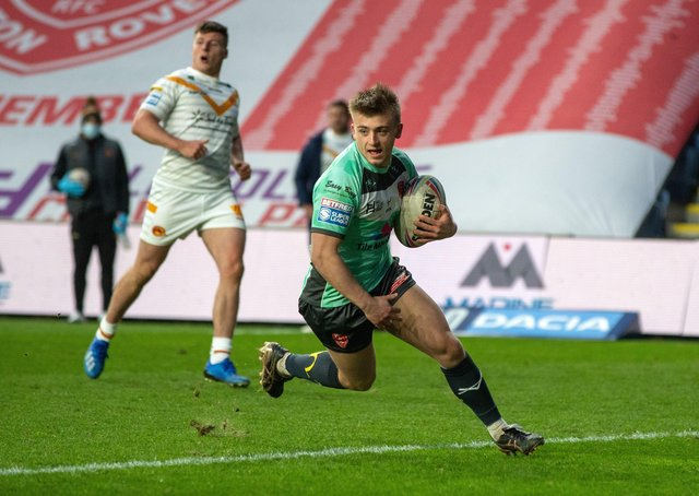 Mikey Lewis scores Hull KR's second try.  Picture Bruce Rollinson