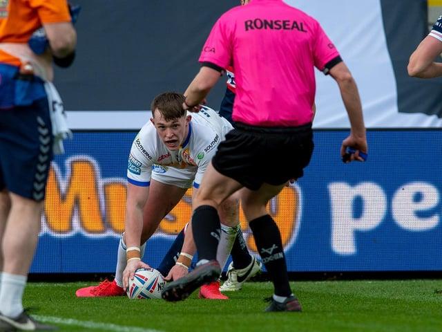 Leeds Rhinos' Jack Broadbent scores the decisive try (PIC: BRUCE ROLLINSON)
