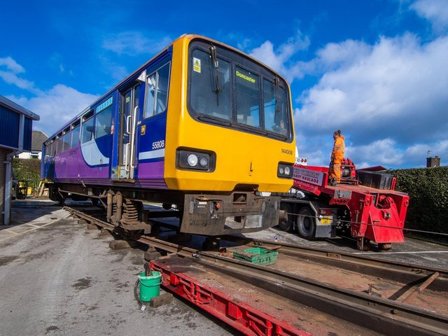 Fagley Primary School in Bradford has taken delivery of a retired Pacer train carriage