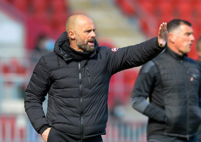 PICK UP: Rotherham United manager Paul Warne instructs from the sidelines during Monday's defeat to Wycombe. Picture: Dean Atkins.