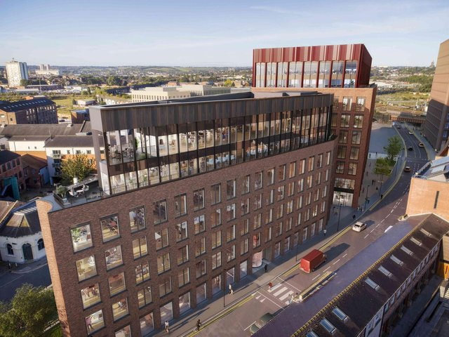 While CEG will use the loan proceeds to refinance a portfolio of six regional office assets, a portion of it will part-fund the development of Globe Point, a 37,842 sq ft Grade A office in the Temple area of Leeds, which forms the first part of a 350 million project by CEG.
