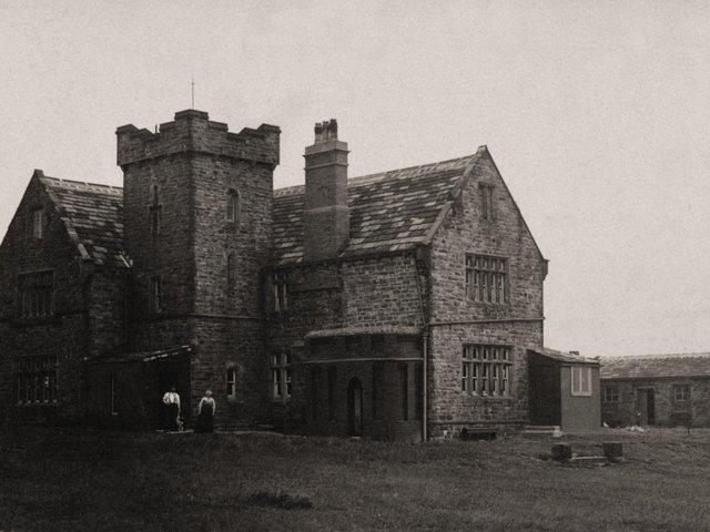 Castle Hill Hotel seen here sometime in the early 20th century.