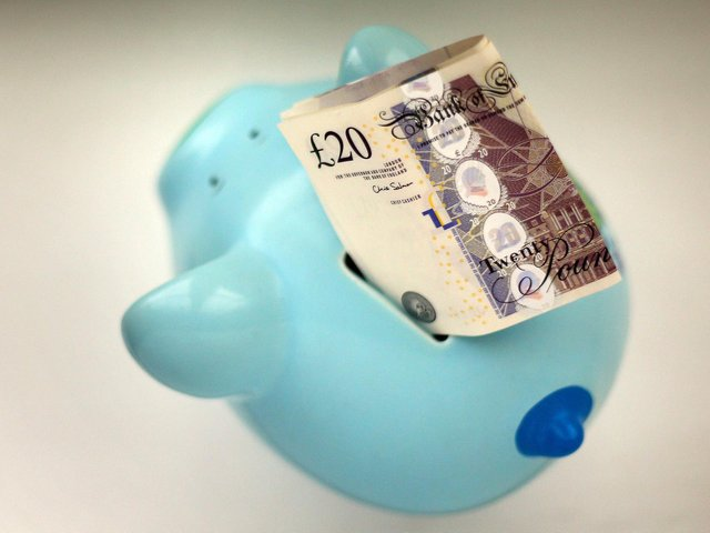 Should I really pay for retirement financial advice?