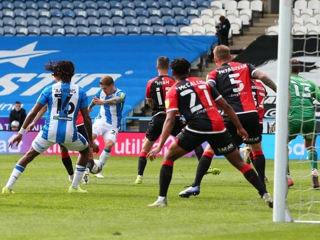 GOAL: Danny Ward equalises for Huddersfield Town