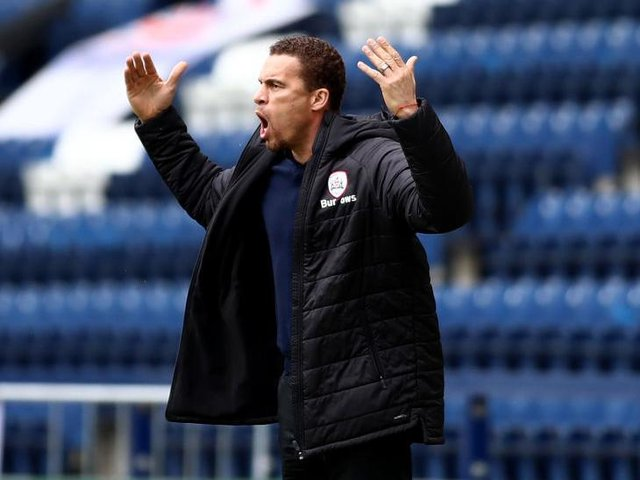 ANNOYED: Barnsley manager Valerien Ismael shows his frustration
