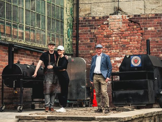 Farsley Fire and Smoke is an American, hot-smoked meat street food concept, using prime Yorkshire meat, run by husband-and-wife team Ashley Turner and Sarah Chandler