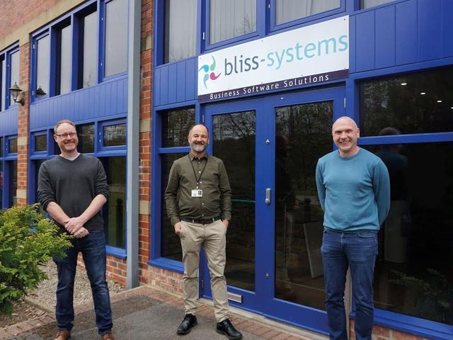 Left to right: Dan Donnelly (Managing Director, Bliss-Systems), Andrew Johnson (Managing Director, Hemingways) and Colm Phelan (Finance Director, Hemingways)