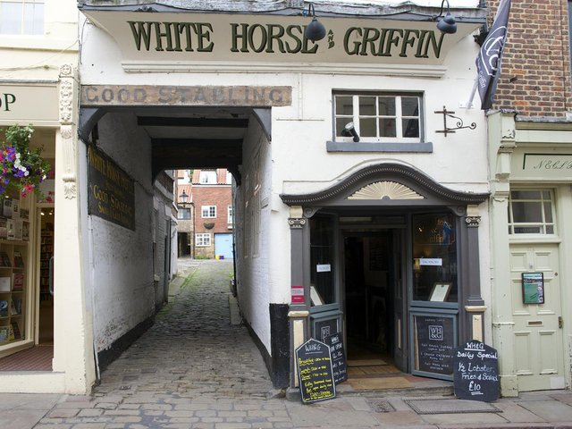 The White Horse & Griffin in Whitby