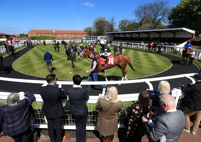 Crowds have been allowed to return to racing at Redcar for the first time in more than a year.