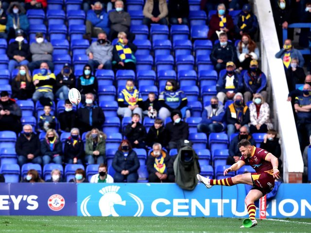RESULT: Warrington Wolves 20-26 Huddersfield Giants. Picture: Getty Images.