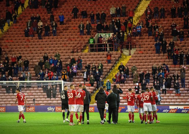 Barnsley applaud the fans after last night's 1-0 defeat to Swansea City in the first leg of the Championship play-off semi-final Oakwell. Picture: Bruce Rollinson