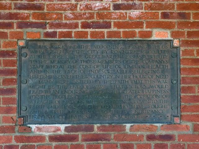 A war memorial plaque in Rowntree park