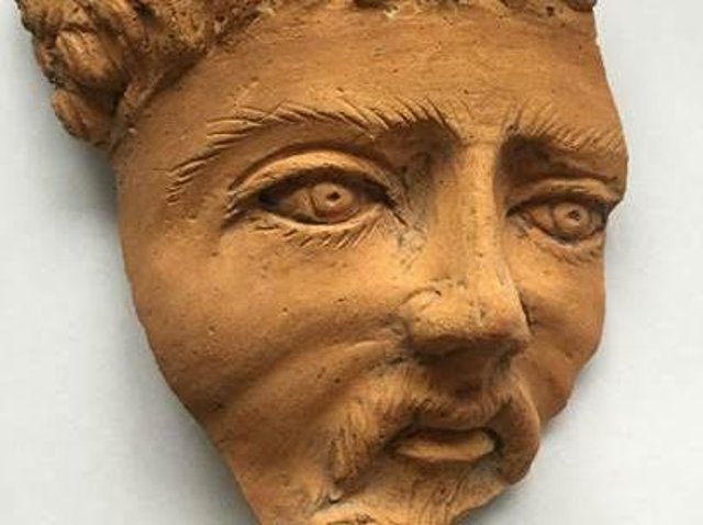 A Roman Turnhead Facepot is among ten objects to be recreated on Minecraft
