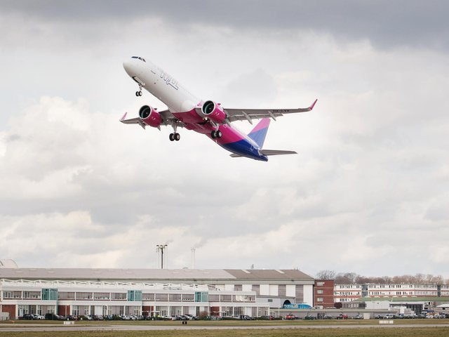 Wizz Air swung to a loss of £489m.