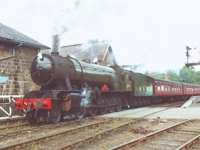 Locomotive No 3672 Dame Vera Lynn