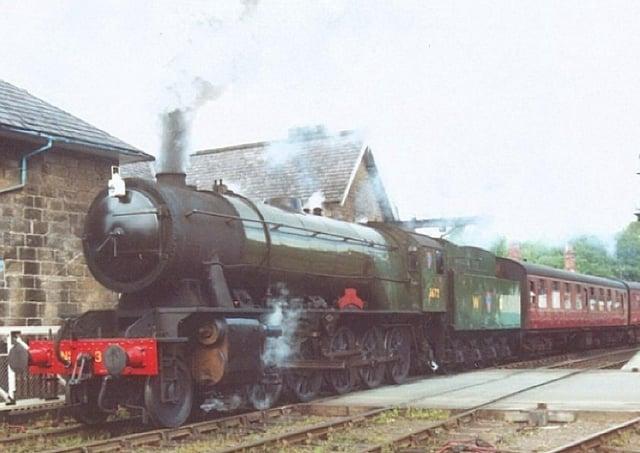 North Yorkshire Moors Railway wants to restore the Dame Vera Lynn locomotive.