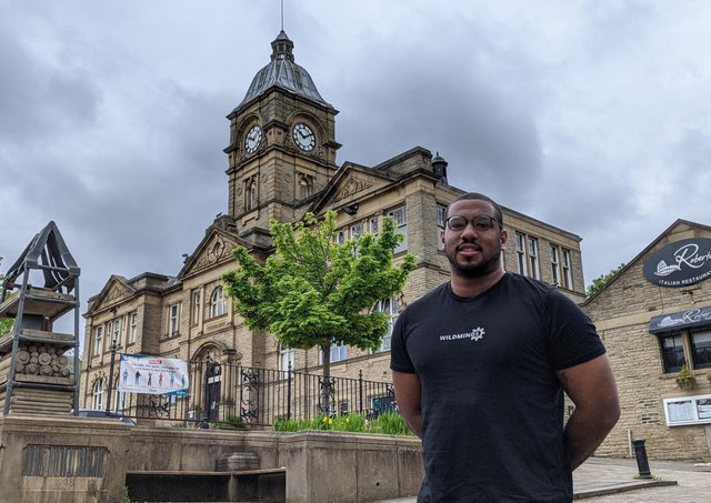 Ross Peltier has been dropped as the Green Party's candidate for the forthcoming Batley & Spen by-election.