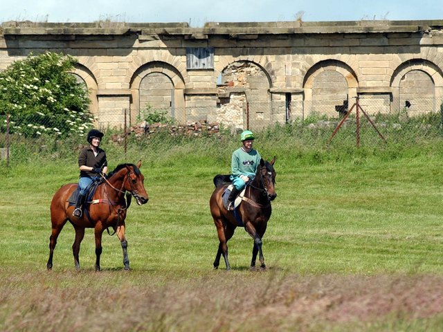 The old grandstand has been in poor condition since the course was abandoned over safety concerns and racing moved to Catterick in 1891