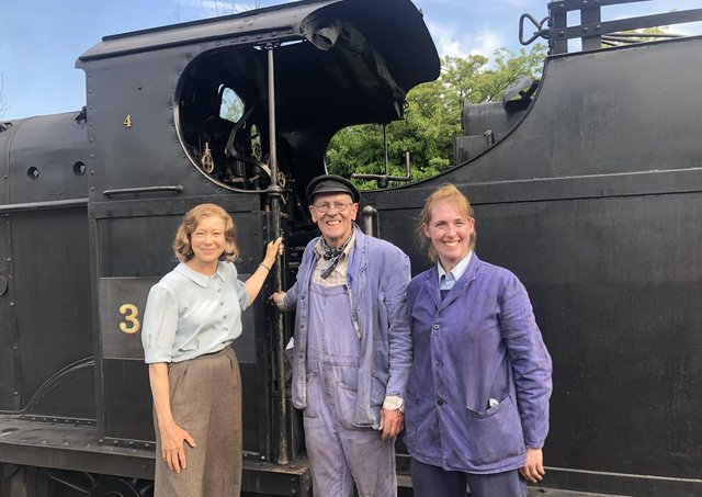 Jenny Agutter (left) with Nicholas Hellewell and Frances Hartley.