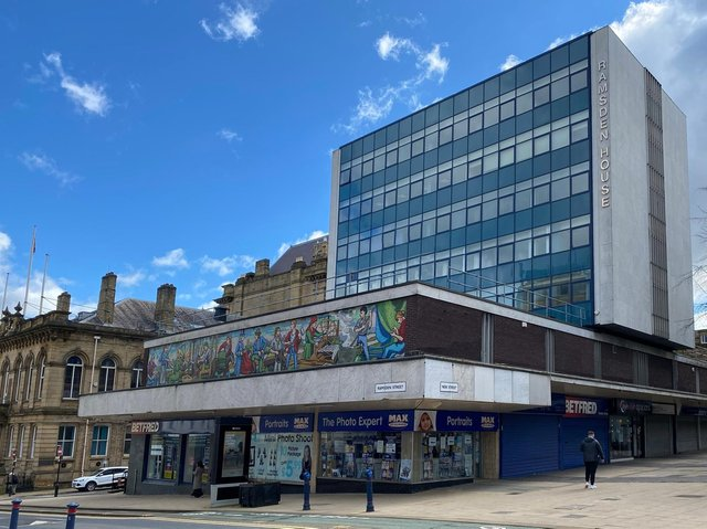 An eight storey mixed use commercial scheme in Huddersfield town centre, which has planning permission to convert the upper floors into 45 studio apartments, has been brought to the market by CBRE's Northern Operational Real Estate team.