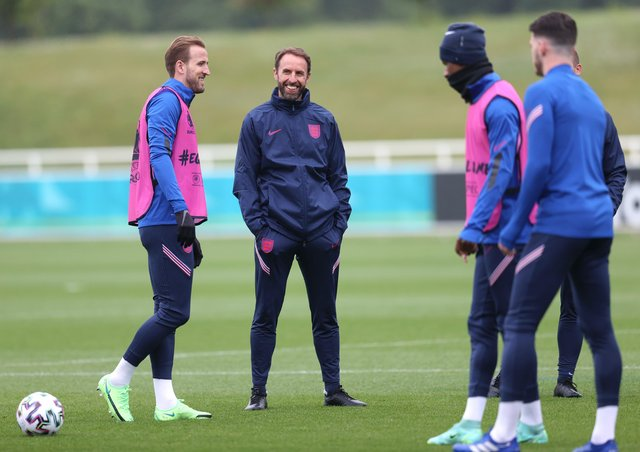 LOOK FORWARD, NOT BACK: England coach Gareth Southgate, talks to Harry Kane during the England training Session at St George's Park. Picture: Catherine Ivill/Getty Images
