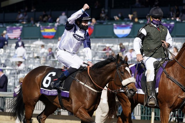 This was Yorkshire horse Glass Slippers wnning last year's  Breeder's Cup Turf Sprint  for Hambleton traienr Kevin Ryan and jockey Tom Eaves.