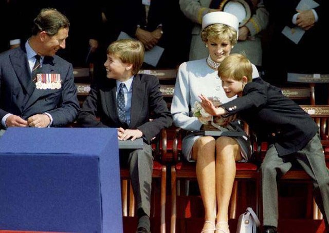 Charles, Prince of Wales (L) Prince William, Princess Diana and Prince Harry attend the Heads of State ceremony in Hyde Park to commemorate the 50th Anniversary of VE Day, May 7, 1995.