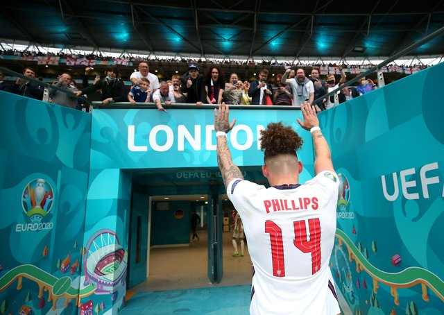Kalvin Phillips of England acknowledges the fans as he walks down the tunnel at Wembley. (Photo by Alex Morton - UEFA/UEFA via Getty Images)