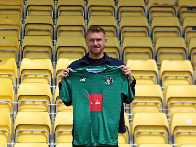 New Harrogate Town signing Mark Oxley. Picture courtesy of Harrogate Town AFC.